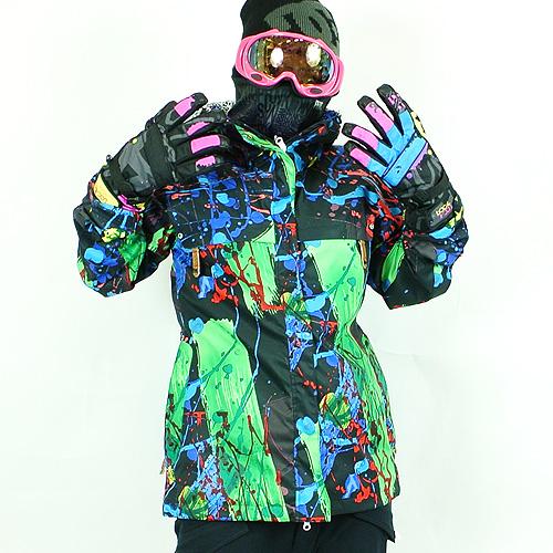 自分らしさの出せるかわいいスノーボードウェアが欲しい!【冬スポ情報も♡】